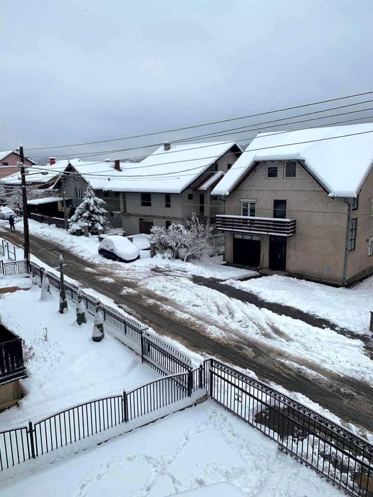 Пао је снег у већем делу Србије