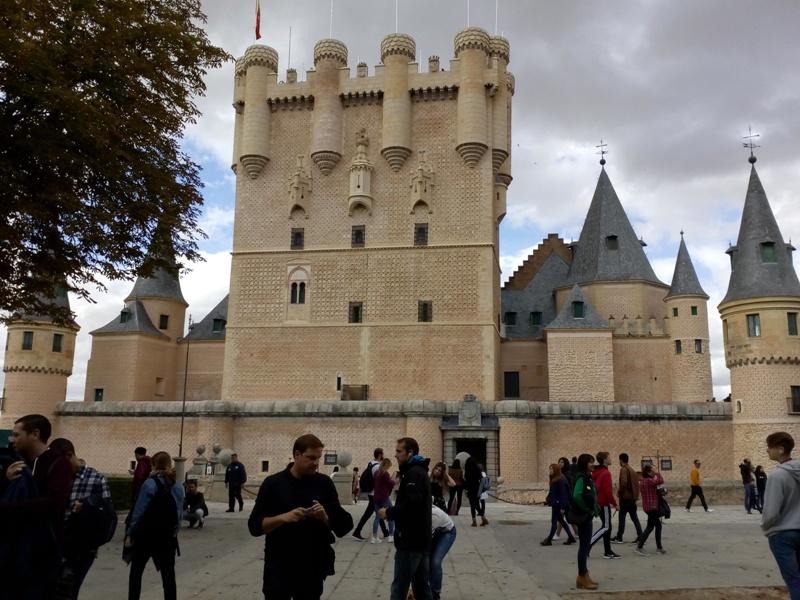 Дворац Алказар Сеговиа у Шпанији