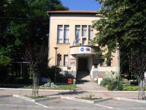 Зграда из које је насилно исељена тв и лист